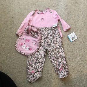 NWT - little me 3 piece outfit size: 6 month